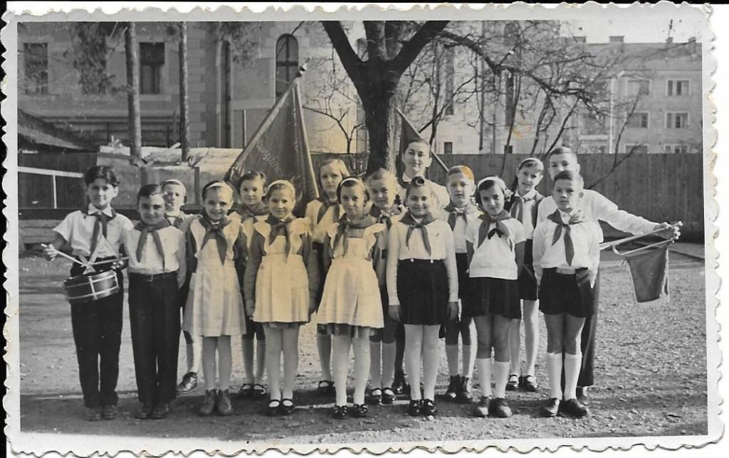 Pioneers, 1960